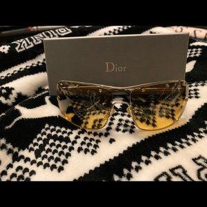 Dior windshield glasses
